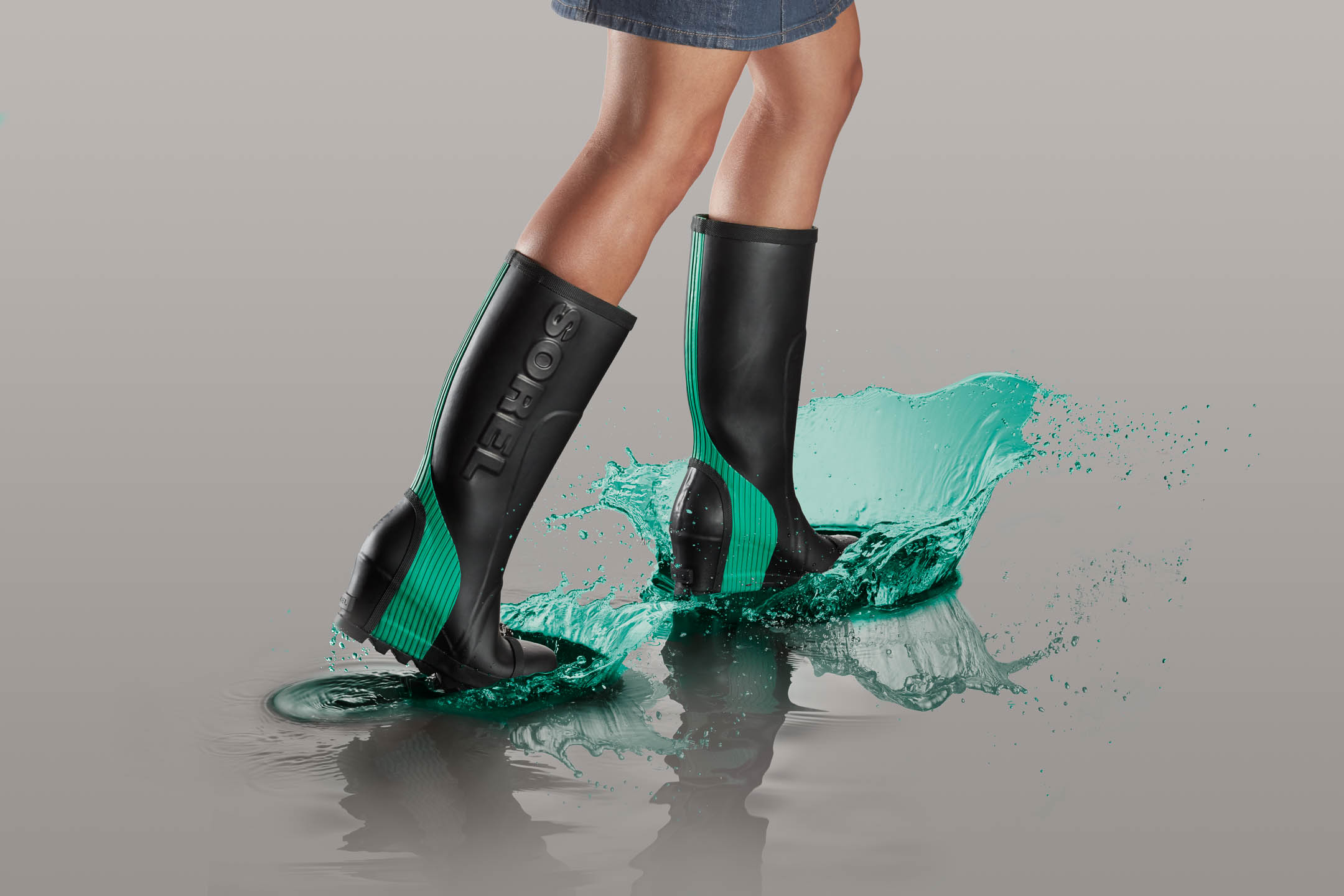 Sorel Wedge footwear splash by Steve Temple Photography